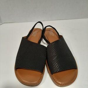Franco Sarto Glory Snake Embossed Sandal Size 11